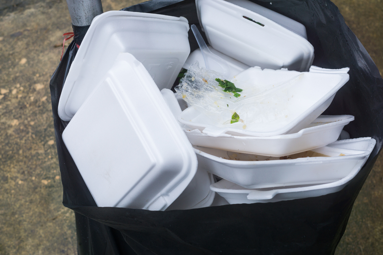 Foam food containers to show mess